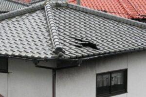 屋根のめくれ